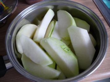 Gemüsebeilagen :  Kräuterbutter an Kohlrabi - Rezept