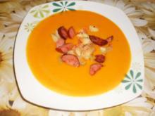 Kürbissuppe mit Kabanossi - Rezept