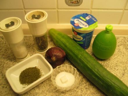Salate + Rohkost: Gurkensalat à la kochmaid - Rezept