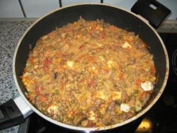 Hackpfanne mit Feta und Reis - Rezept
