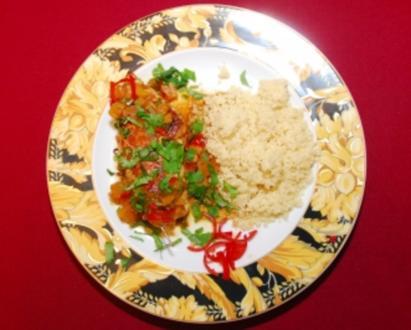 Hühnerbrüstchen mit Datteln (Gundis Zámbó) - Rezept