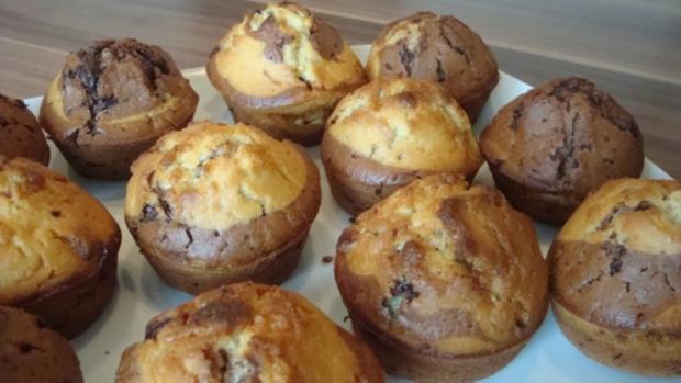 meine liebsten marmor muffins rezept mit bild. Black Bedroom Furniture Sets. Home Design Ideas