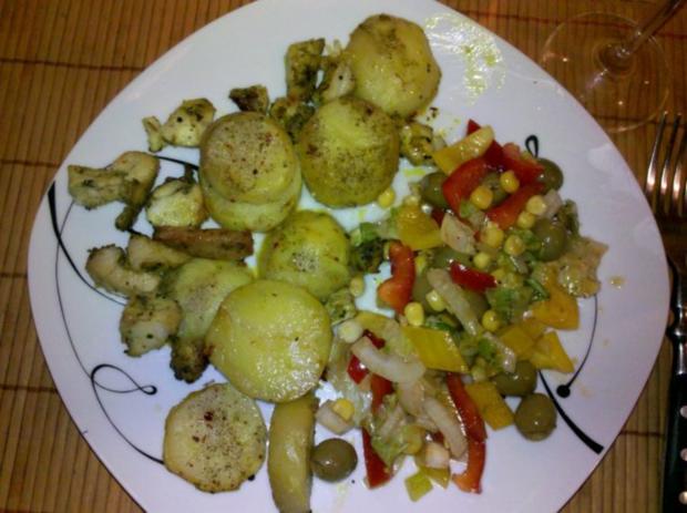 Salat: Bunter Herbstsalat mit Chilli-Oliven - Rezept - Bild Nr. 7