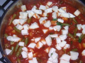 Gemüse-Eintopf mit Mozarella - Rezept