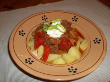 Ungarisches Paprikás - Rezept