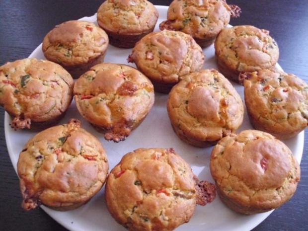 Muffins: Tomate-Mozzarella - Rezept