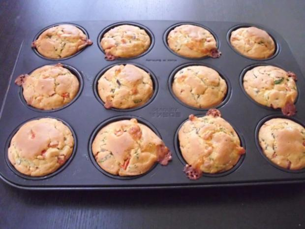 Muffins: Tomate-Mozzarella - Rezept - Bild Nr. 4