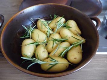 Beilage : Rosmarinkartoffeln aus dem Zaubertopf * - Rezept