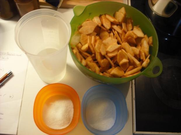 Apfel-Schmand-Kuchen mit Blätterteigdach - Rezept