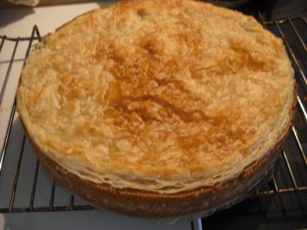 Apfel-Schmand-Kuchen mit Blätterteigdach - Rezept - Bild Nr. 15