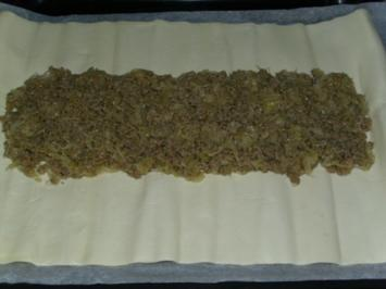 Hackfleisch Kraut Strudel - Rezept