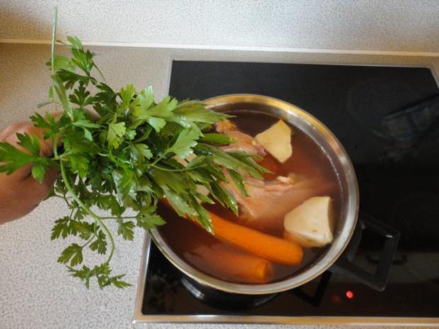 kräftige Hühner Suppe - Rezept - Bild Nr. 2
