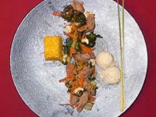 Lammfilet pfannengerührt, an Mangold, Zitronengras u. Möhren - Lamellen asiatisch - Rezept