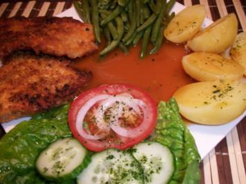 Putenschnitzel in Knuspriger Kartoffelchips Panade mit Prinzessbohnen, Salzkartoffeln, - Rezept