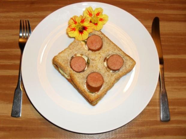 hot dog toast rezept mit bild. Black Bedroom Furniture Sets. Home Design Ideas