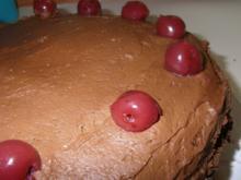 Schokocreme-Sauerkirsch-Torte - Rezept