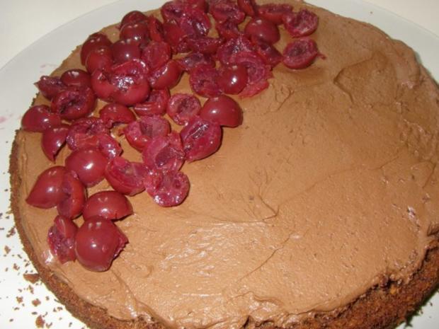 Schokocreme-Sauerkirsch-Torte - Rezept - Bild Nr. 3