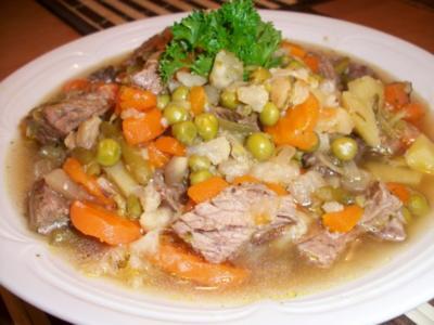 Gemüseeintopf mit Rindfleisch.....Hausmannskost Pur - Rezept