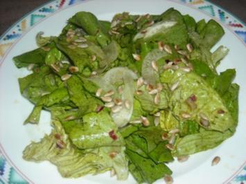 Rezept: Fenchel-Kopfsalat mit Kürbiskernöl