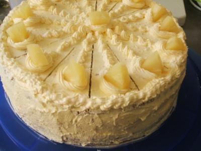 Ananas-Buttercrem-Torte - Rezept