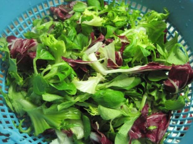Schnitzel (Jäger und Paprika in einem) mit Pommes und Salat - Rezept - Bild Nr. 6