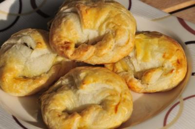 Speck-Käse-Kipferl - Rezept