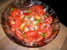 Tomatensalat mit Paprika - Rezept