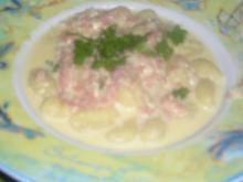 Gnocchi mit Schinken-Camembert-Sauce - Rezept
