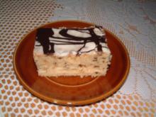 Stracciatella -Nusskuchen mit Marzipanhaube und Schwarz weisser Lebkuchenschokolade - Rezept