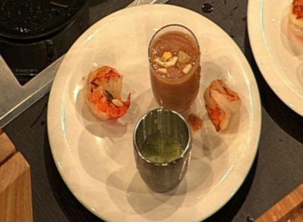 Gebratene Garnelen mit Zucchinipüree und Gazpacho (Oliver Wnuk) - Rezept