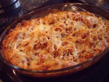 Pasta mit Camembert-Tomaten-Sauce im Ofen gebacken - Rezept