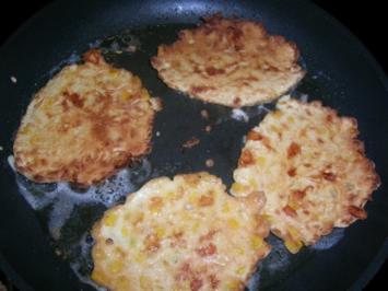 Maisküchlein, rein vegetarisch oder als Beilage zu meiner Spanfekelkeule - Rezept