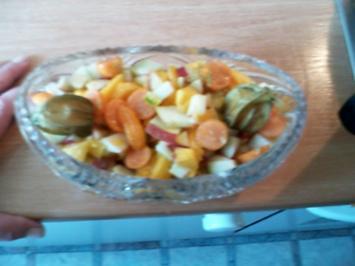 Mango Apfel Physalies Mandarinen Salat - Rezept
