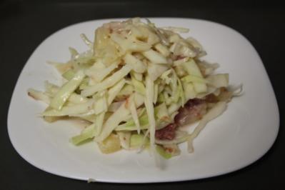Weißkohl-Ananas-Salat mit fruchtiger Senfdressing - Rezept