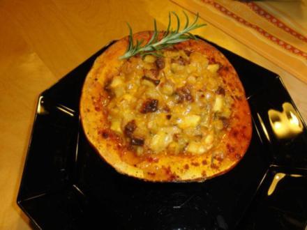 Hokkaido mit Chorizo-Gorgonzola-Füllung - Rezept