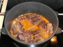 Fleisch: Ochsenschwanz rustikal, pikant gewürzt - Rezept