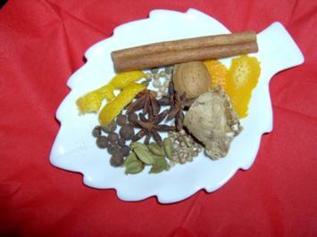 Neunerlei Gewürzmischung für Weihnachtsgebäck / Pfefferkuchengewürz - Rezept