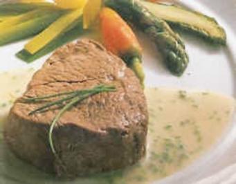 Gedämpftes Rinderfilet mit Schnittlauchsauce - Rezept