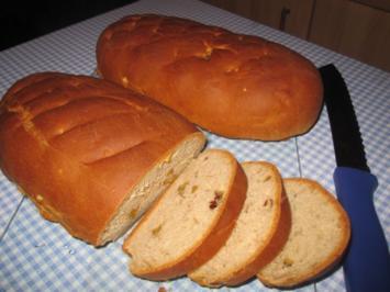 backen / Brot: Weizenbrot mit Nüssen - Rezept
