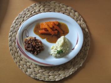 Schweinefilet mit Schwarzbrotkruste, dazu Selleriepüree und karamilisierte Möhren - Rezept