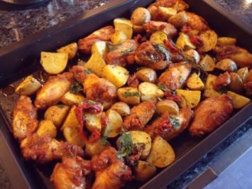 Rezept: Hähnchenkeulen und Kartoffeln vom Blech