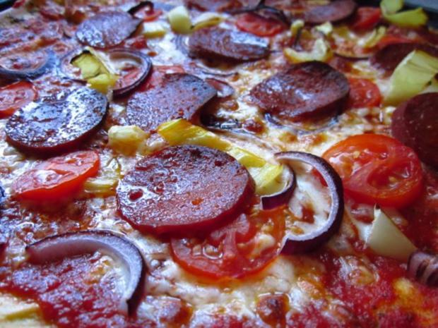 Pizza - Rezept - Bild Nr. 9