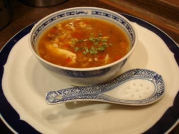 Chinesische Gemüsesuppe leicht sauer-scharf - Rezept