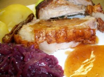 Schweine Schinkenkrustenbraten mit selbst Zubereiteten Soßenfond - Rezept
