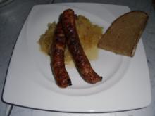 Bayrisches Sauerkraut mit Bratwürsten - Rezept