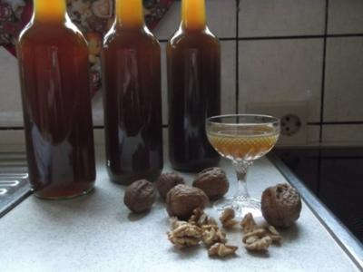 Walnußlikör - Rezept