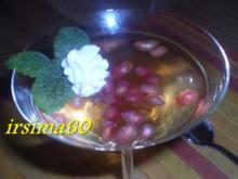 Götterspeise mit Granatapfelkernen - Rezept