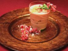 Erdbeercreme mit Vollkorn-Krokant - Rezept