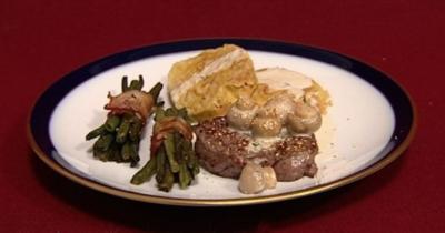 Rinderfilet mit Serviettenklößen und Bohnen im Speckmantel (Norman Langen) - Rezept