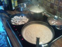 Hähnchenstreifen in Erdnuss-Kokos-Sauce - Rezept
